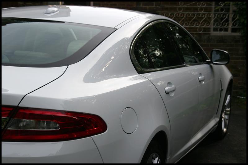 jaguar-xf-all-that-gleams-18