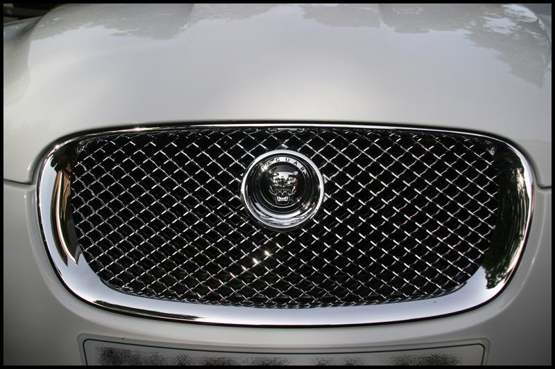 jaguar-xf-all-that-gleams-29
