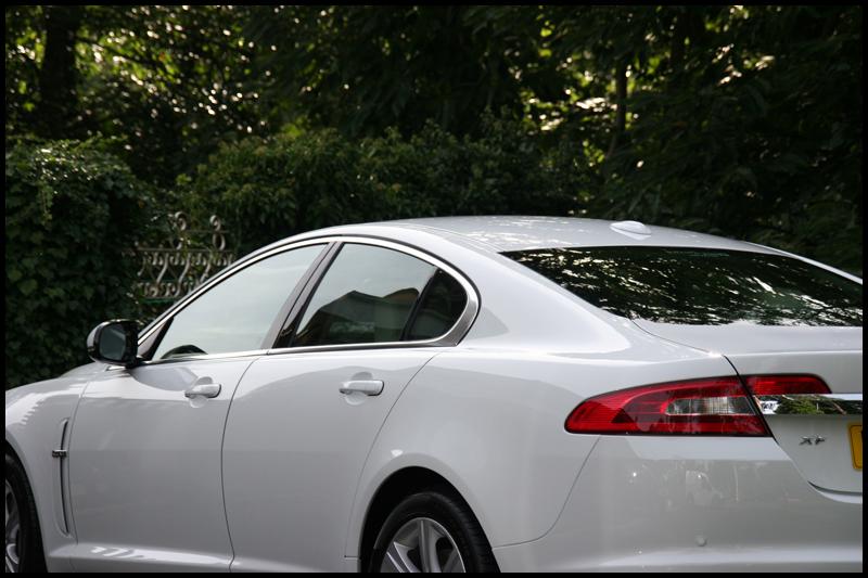 jaguar-xf-all-that-gleams-30