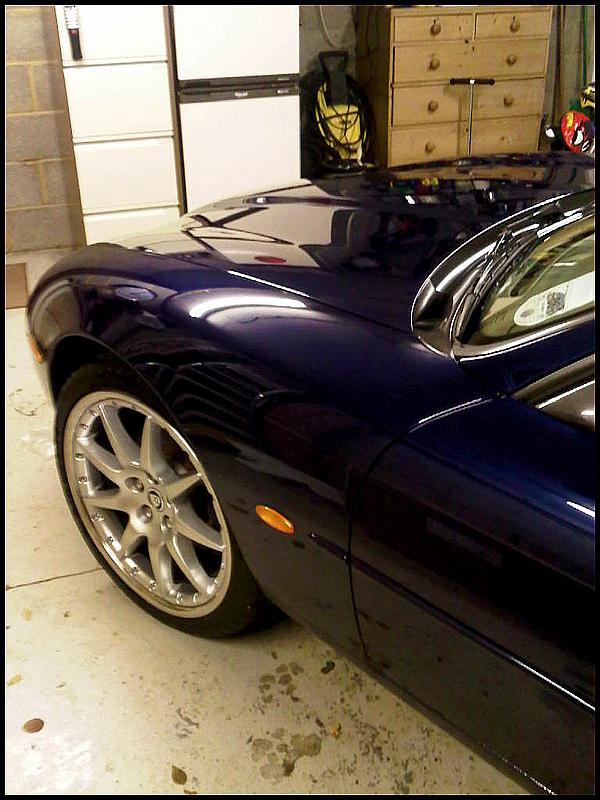 jaguar-xk8-all-that-gleams-28