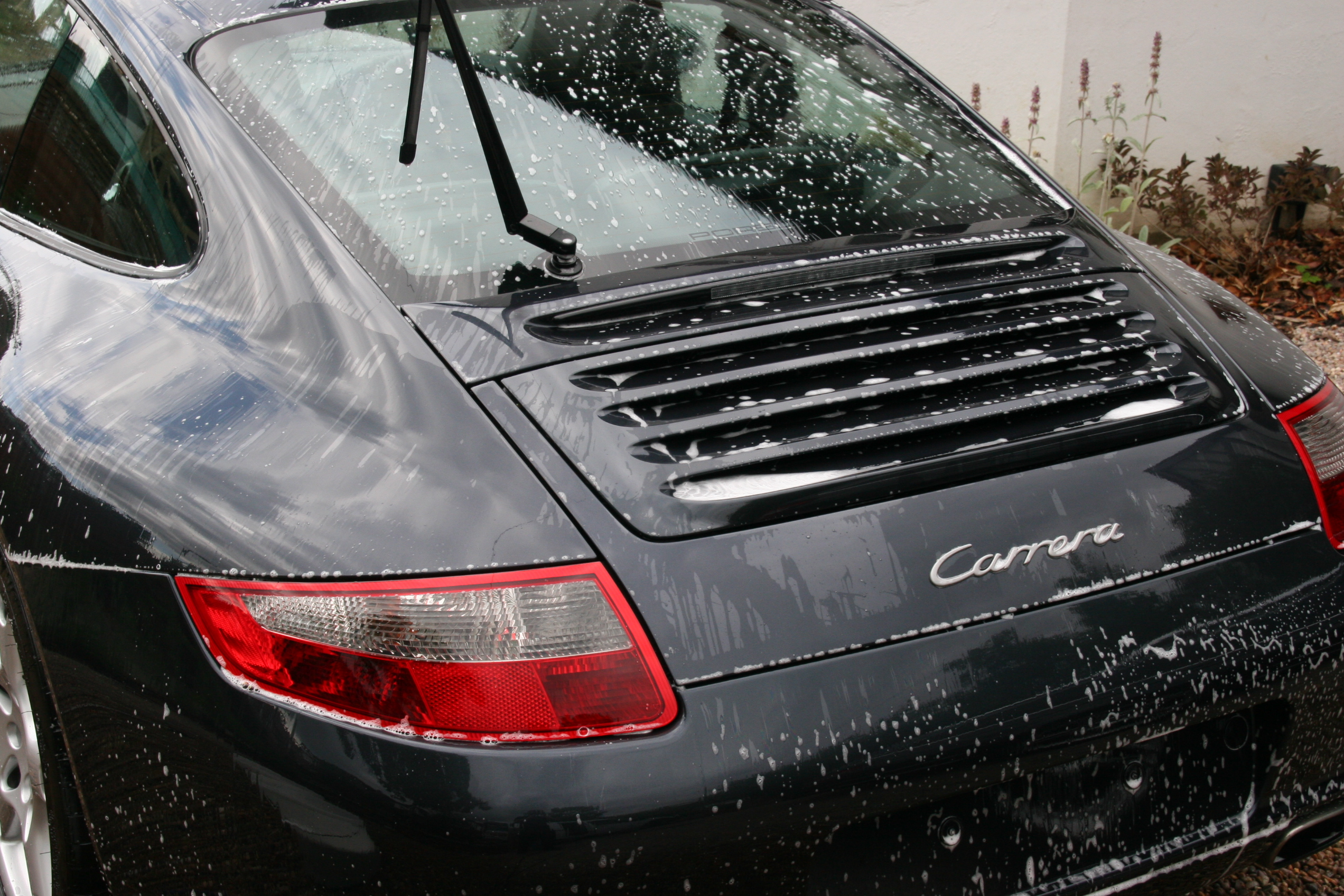 porsche-carrera-car-detailing-surrey-all-that-gleams-18_0