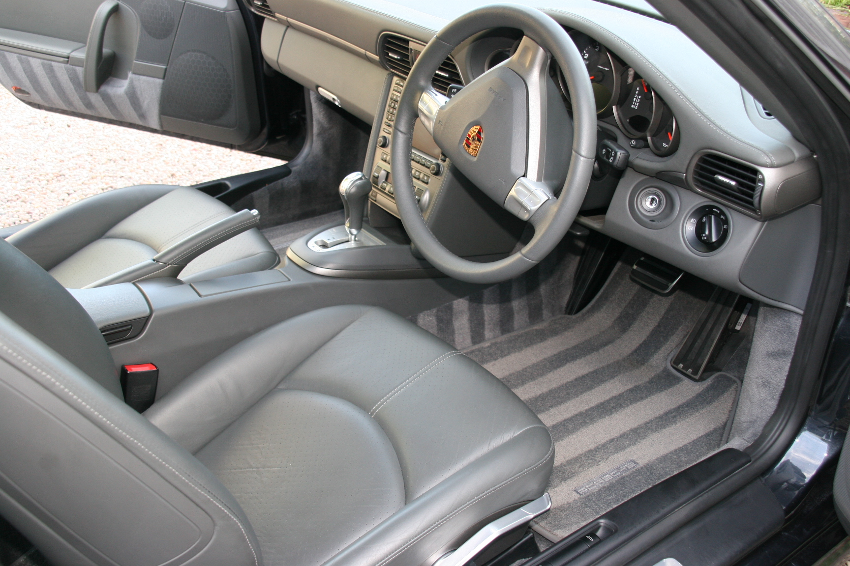 porsche-carrera-car-detailing-surrey-all-that-gleams-83