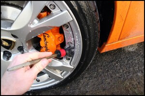 Lamborghini Gallardo Wheel Cleaning - Car Detailing Surrey - Car Valeting Guidford - All That Gleams