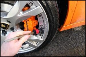 Lamborghini Gallardo Wheel Cleaning - Car Detailing Surrey - Car Valeting Guidford - All That Gleams