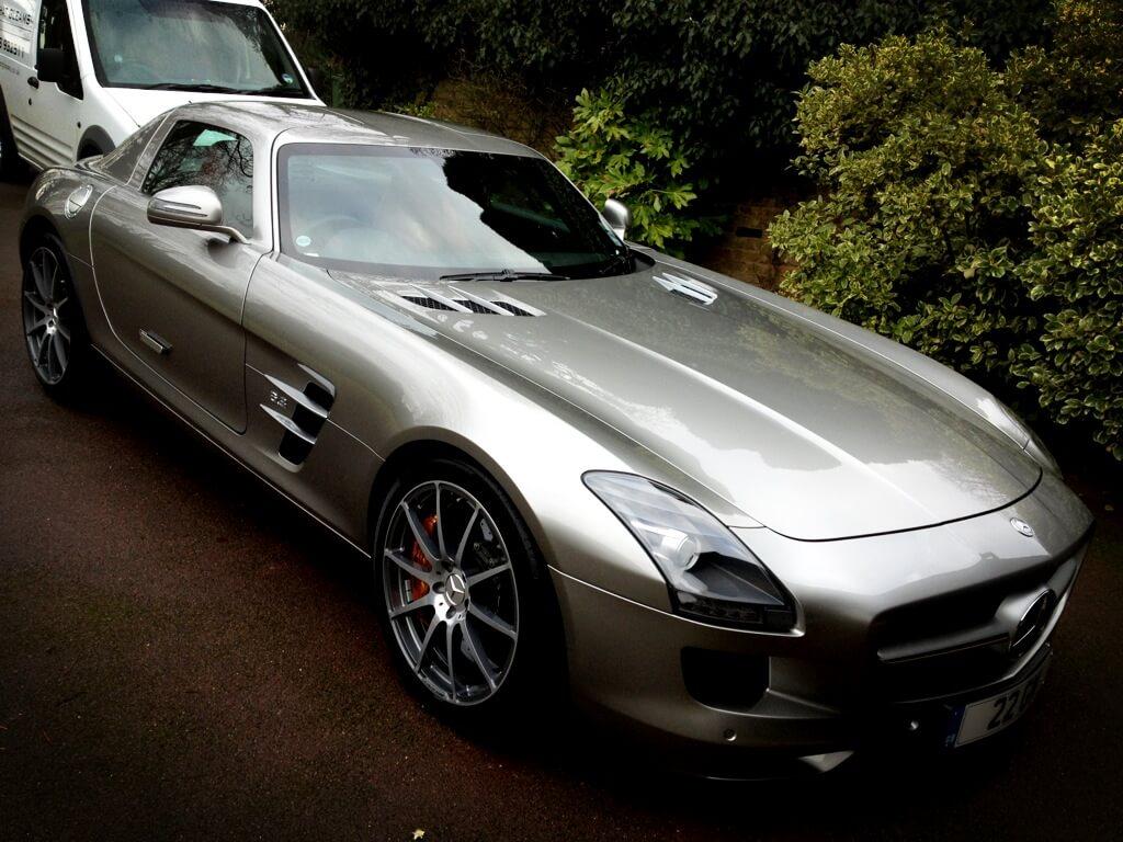 Mercedes SLS Gold Valet