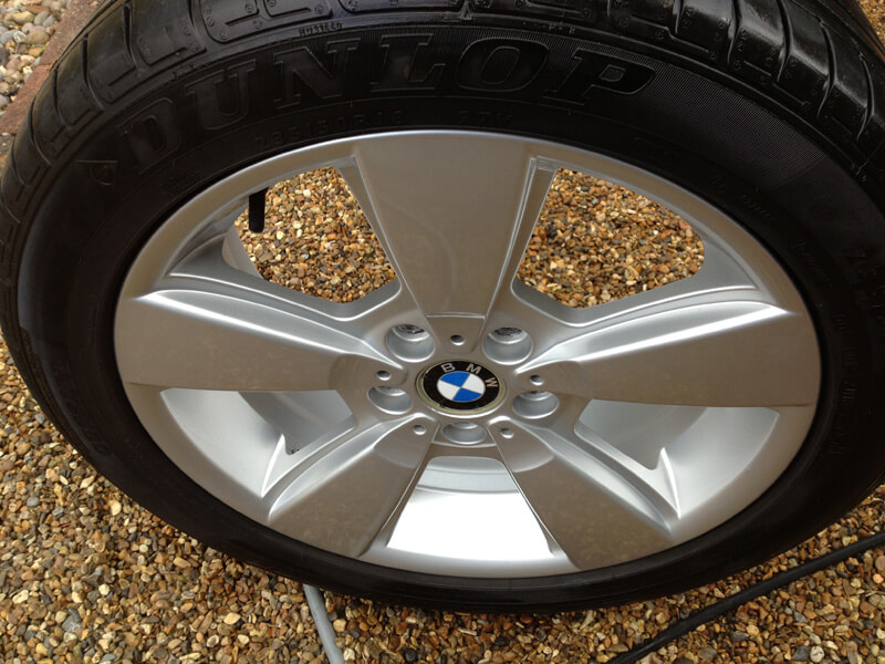 how to detail alloy wheels