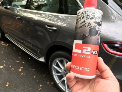 cleaning car with ceramic coating with gtechniq c2