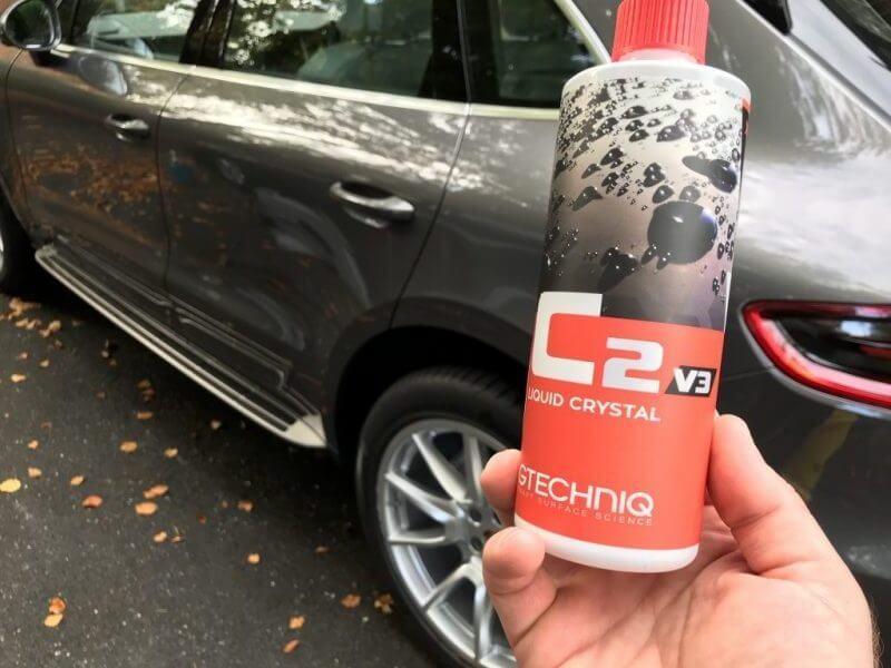 Maintaining ceramic coating with Gtechniq c2 liquid crystal